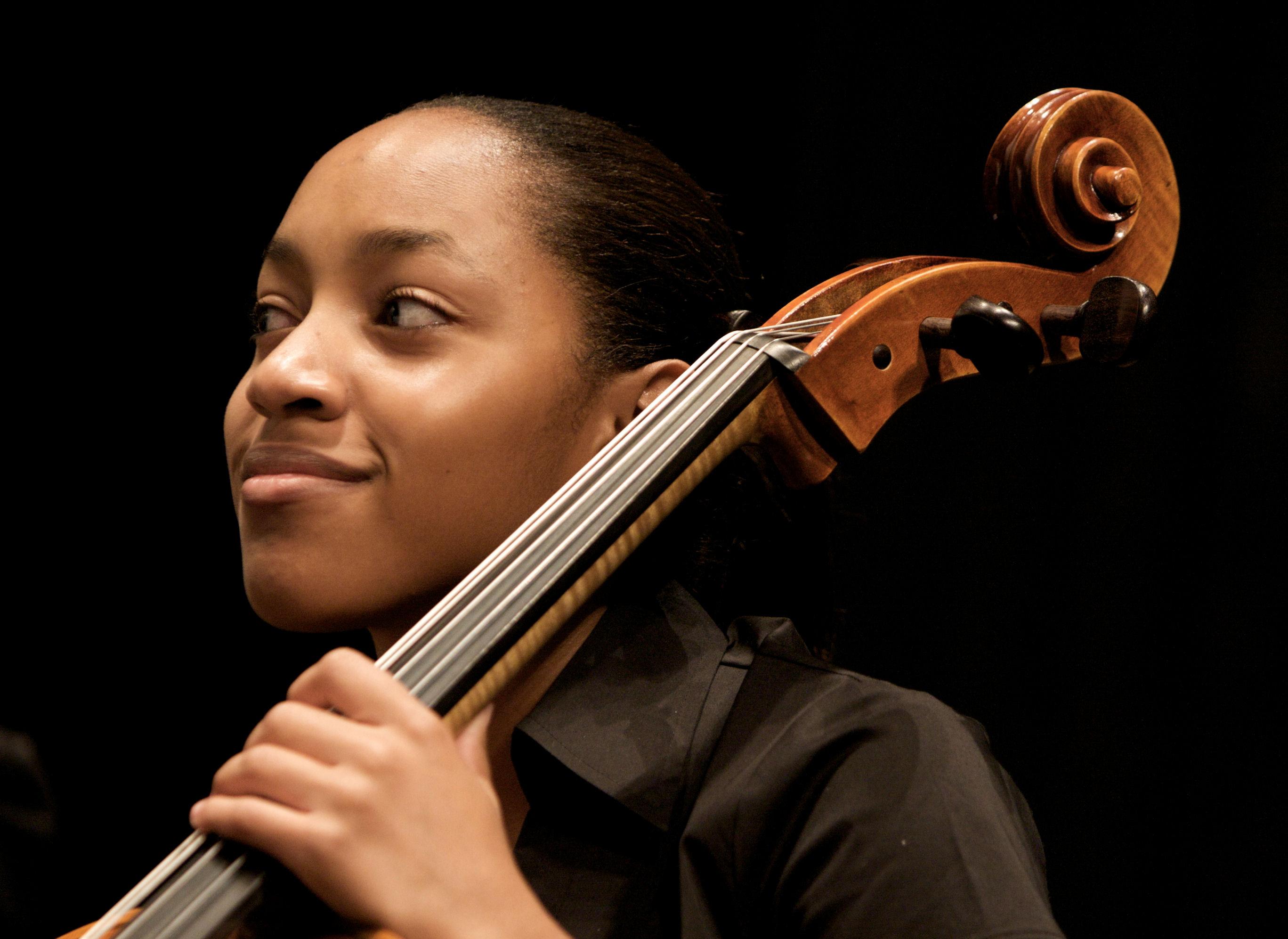 cello-Kelsee-Vandervall